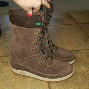 Women's sz 10.5 Chaco brown leather boots